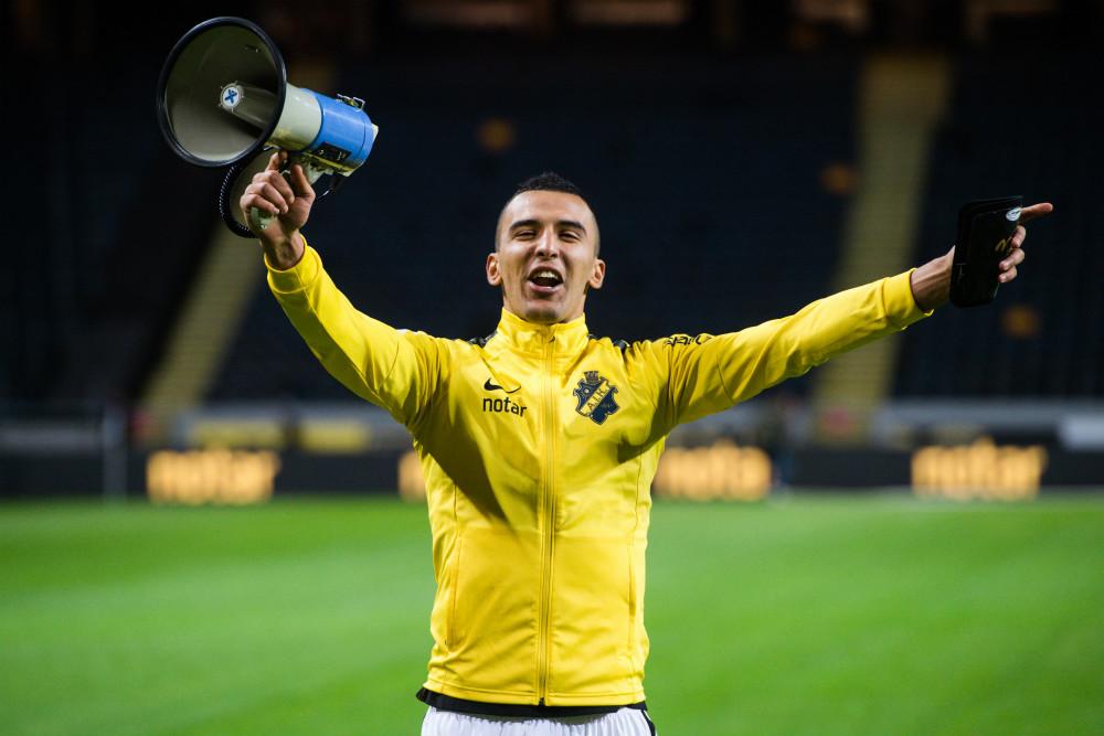 AIK:s Nabil Bahoui jublar efter fotbollsmatchen i Allsvenskan mellan AIK och Sirius en 27 april 2018 i Stockholm.