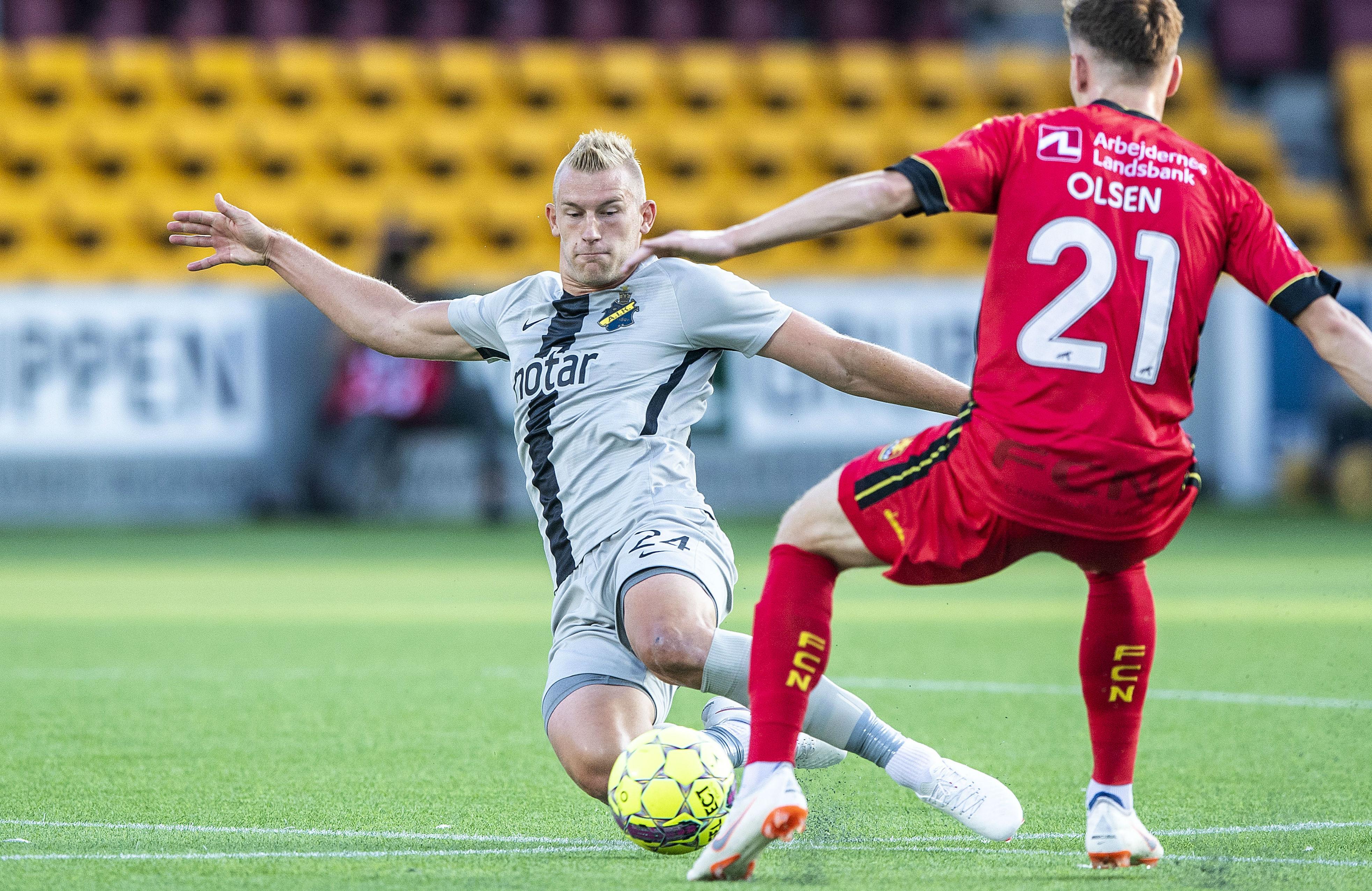 """Vafan gör du i Bengtsfors """" – Fotboll Sthlm möter Robin Jansson ... 1f2ca9562e490"""