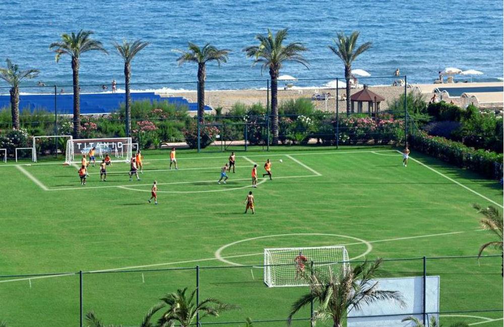 Dubai, Turkiet och Gran Canaria – hit åker 08-klubbarna på läger