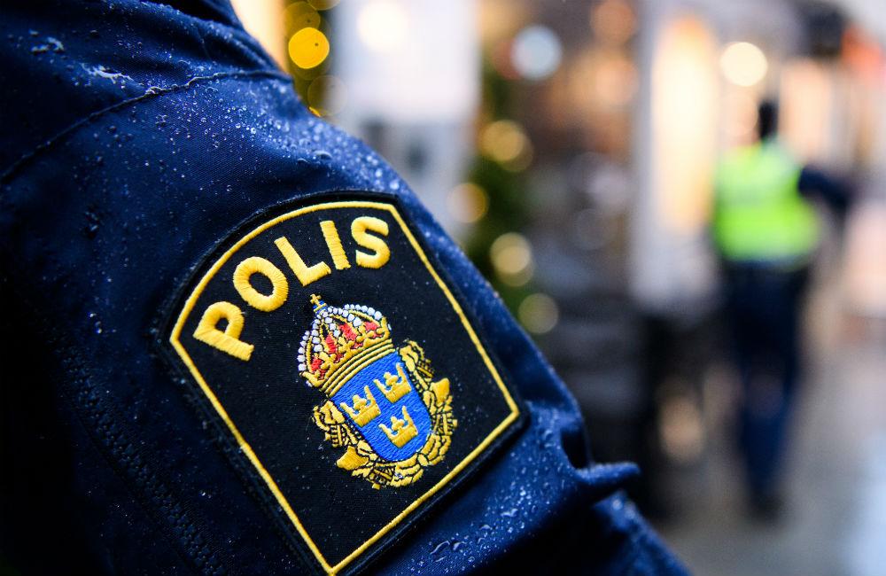 Polisen kan börja använda tårgas vid fotbollsmatcher