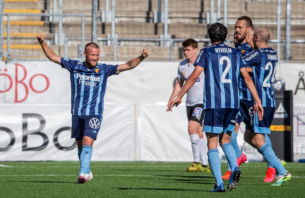 Bärkroth tillbaka i truppen mot Cluj – Nyholm inte redo