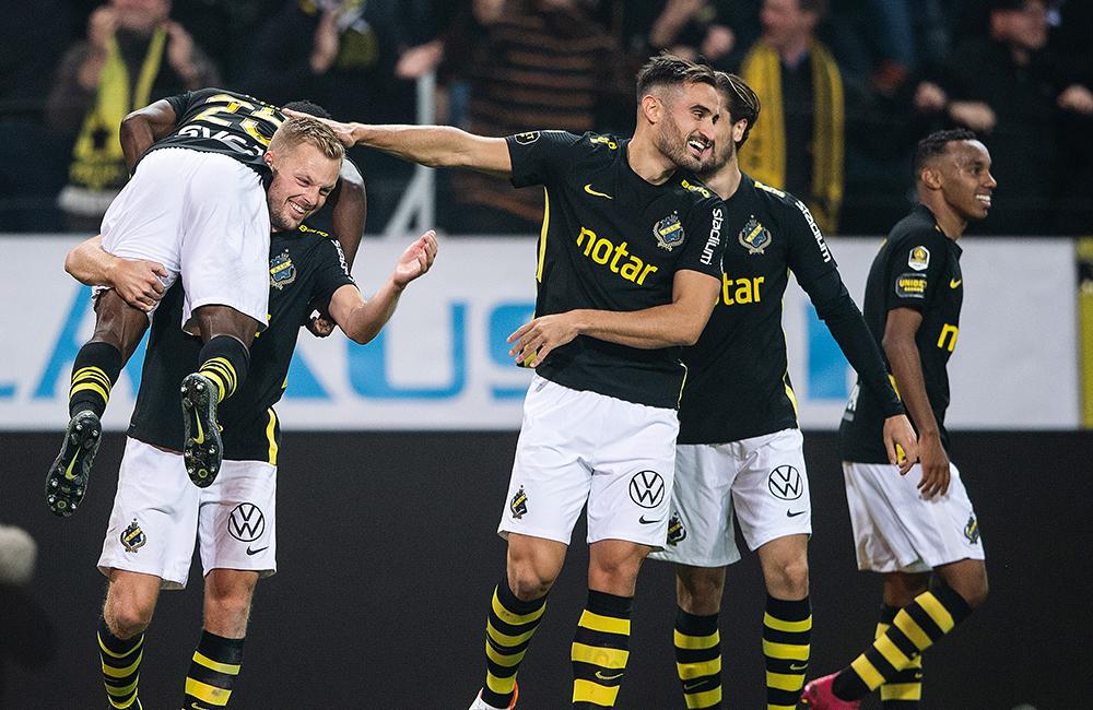AIK upp i serieledning igen – duon var bäst i segern mot Blåvitt